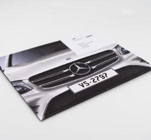 <span>Mercedes Benz</span><i>→</i>